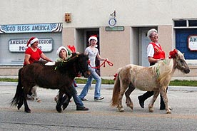 StarBrite Stables: Christmas Parade